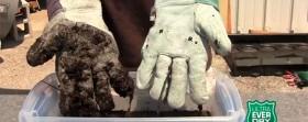 Håll verktyg och kläder rena från smuts