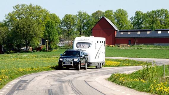 Den ligger bra på vägen och motor samt växellåda är optimerade för att dra tungt.